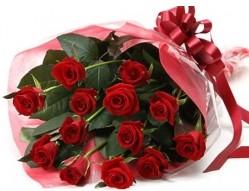 Hatay çiçek gönderme  10 adet kipkirmizi güllerden buket tanzimi