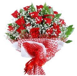 11 kırmızı gülden buket  Hatay çiçek yolla