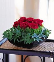 Hatay çiçek servisi , çiçekçi adresleri  10 adet kare mika yada cam vazoda gül tanzim