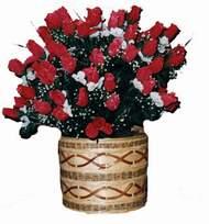 yapay kirmizi güller sepeti   Hatay hediye çiçek yolla