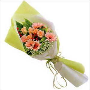 sade güllü buket demeti  Hatay çiçek online çiçek siparişi