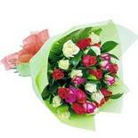 12 adet renkli gül buketi   Hatay çiçek siparişi vermek