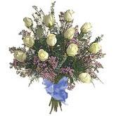 bir düzine beyaz gül buketi   Hatay çiçek siparişi vermek