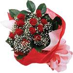 Hatay çiçek mağazası , çiçekçi adresleri  KIRMIZI AMBALAJ BUKETINDE 12 ADET GÜL