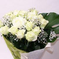 Hatay hediye sevgilime hediye çiçek  11 adet sade beyaz gül buketi