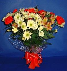 Hatay hediye sevgilime hediye çiçek  kir çiçekleri buketi mevsim demeti halinde