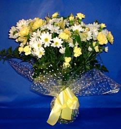 Hatay hediye sevgilime hediye çiçek  sade mevsim demeti buketi sade ve özel