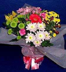 Hatay hediye sevgilime hediye çiçek  küçük karisik mevsim demeti