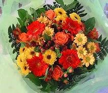 Hatay anneler günü çiçek yolla  sade hos orta boy karisik demet çiçek