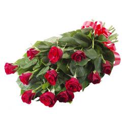 11 adet kirmizi gül buketi  Hatay çiçek siparişi sitesi