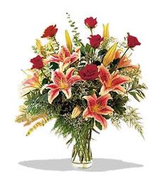 Hatay çiçek , çiçekçi , çiçekçilik  Pembe Lilyum ve Gül