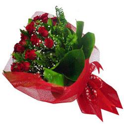 Hatay hediye çiçek yolla  12 adet kirmizi essiz gül buketi - SEVENE ÖZEL