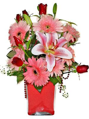Hatay çiçek yolla , çiçek gönder , çiçekçi   karisik cam yada mika vazoda mevsim çiçekleri mevsim demeti