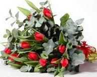 Hatay uluslararası çiçek gönderme  11 adet kirmizi gül buketi özel günler için