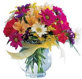 Hatay çiçek mağazası , çiçekçi adresleri  cam yada mika içerisinde karisik mevsim çiçekleri