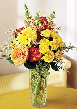 Hatay çiçek yolla  mika yada cam içerisinde karisik mevsim çiçekleri