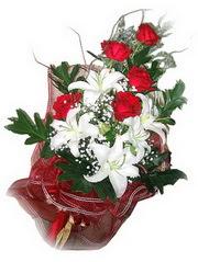 Hatay hediye çiçek yolla  5 adet kirmizi gül 1 adet kazablanka çiçegi buketi