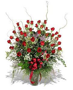 Hatay çiçek servisi , çiçekçi adresleri  33 adet kirmizi gül vazo içerisinde
