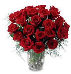 Hatay çiçek siparişi vermek  11 adet kirmizi gül cam yada mika vazo içerisinde