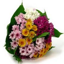 Hatay cicekciler , cicek siparisi  Karisik kir çiçekleri demeti herkeze