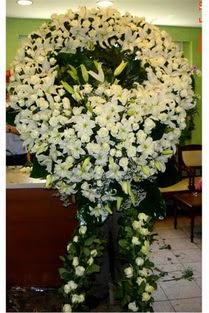 Cenaze çelenk , cenaze çiçekleri , çelengi  Hatay uluslararası çiçek gönderme