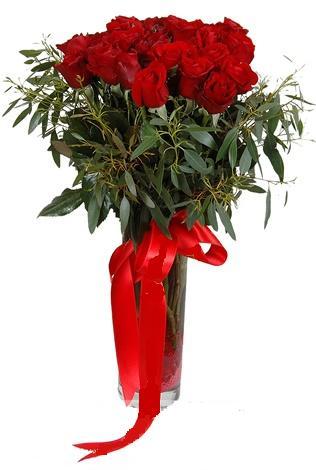 15 adet kirmizi gül cam vazo içerisinde  Hatay çiçek mağazası , çiçekçi adresleri