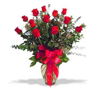 çiçek siparisi 11 adet kirmizi gül cam vazo  Hatay online çiçekçi , çiçek siparişi