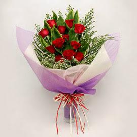 çiçekçi dükkanindan 11 adet gül buket  Hatay çiçek online çiçek siparişi