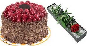 1 adet yas pasta ve 1 adet kutu gül  Hatay çiçek gönderme sitemiz güvenlidir