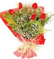 Hatay çiçek gönderme  5 adet kirmizi gül buketi demeti