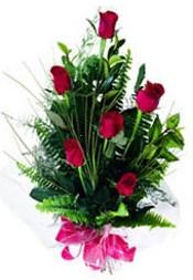 Hatay çiçekçi mağazası  5 adet kirmizi gül buketi hediye ürünü