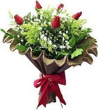 Hatay online çiçekçi , çiçek siparişi  5 adet kirmizi gül buketi demeti