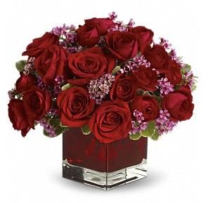 11 adet kırmızı gül vazosu  Hatay kaliteli taze ve ucuz çiçekler