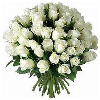 Hatay çiçek , çiçekçi , çiçekçilik  33 adet beyaz gül buketi