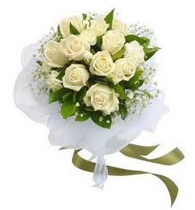 Hatay internetten çiçek satışı  11 adet benbeyaz güllerden buket