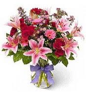 Vazo içerisinde karışık mevsim çiçeği  Hatay çiçek servisi , çiçekçi adresleri