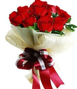 9 adet kırmızı gülden buket tanzimi  Hatay çiçek siparişi vermek