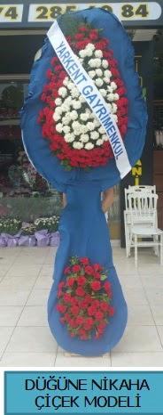Düğüne nikaha çiçek modeli  Hatay uluslararası çiçek gönderme