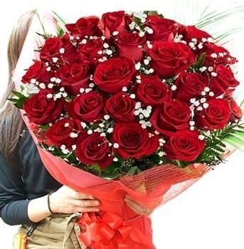 Kız isteme çiçeği buketi 33 adet kırmızı gül  Hatay çiçek siparişi vermek