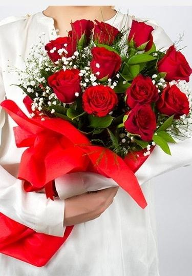 Aşk Gülleri 11 Adet kırmızı gül buketi  Hatay cicekciler , cicek siparisi