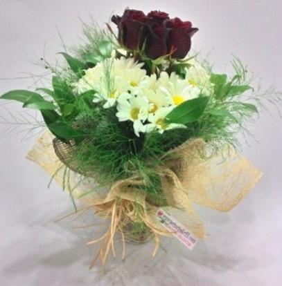 5 adet kırmızı gül ve kırızantem buketi  Hatay çiçek yolla , çiçek gönder , çiçekçi