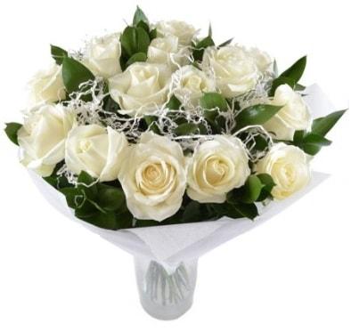 15 beyaz gül buketi sade aşk  Hatay uluslararası çiçek gönderme