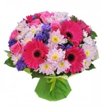 Karışık mevsim buketi mevsimsel buket  Hatay uluslararası çiçek gönderme